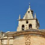 Torre y Escudo Iglesia